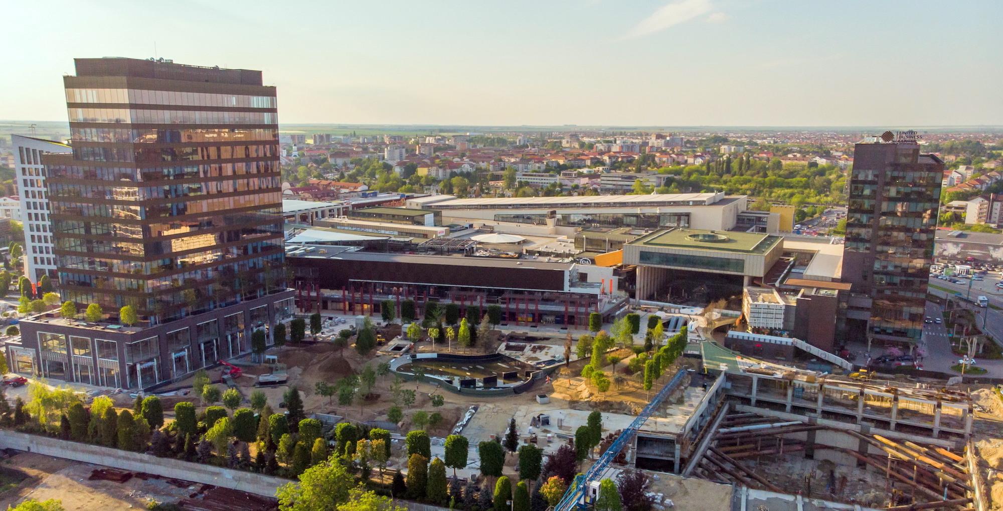 cea mai mare investi ie   ntr un proiect de profil din vestul   rii  de peste 220 milioane de euro  120 000 mp   n cea mai mare zon  de retail din vestul   rii   pol regional de business