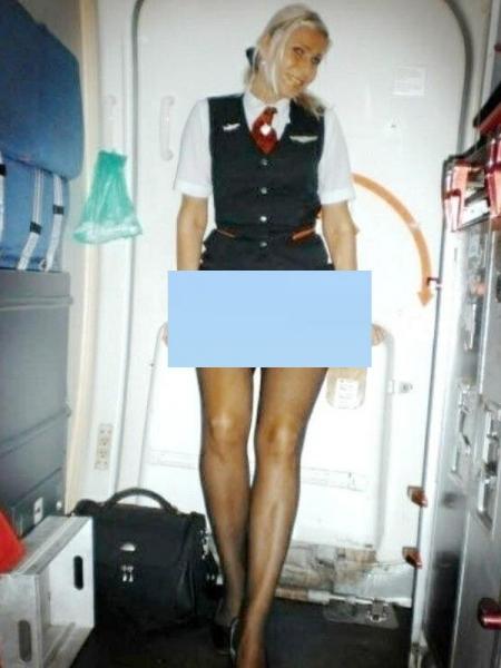 in avion stewardesa20